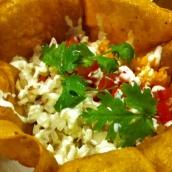 Chili con Carne Tortilla Bowl